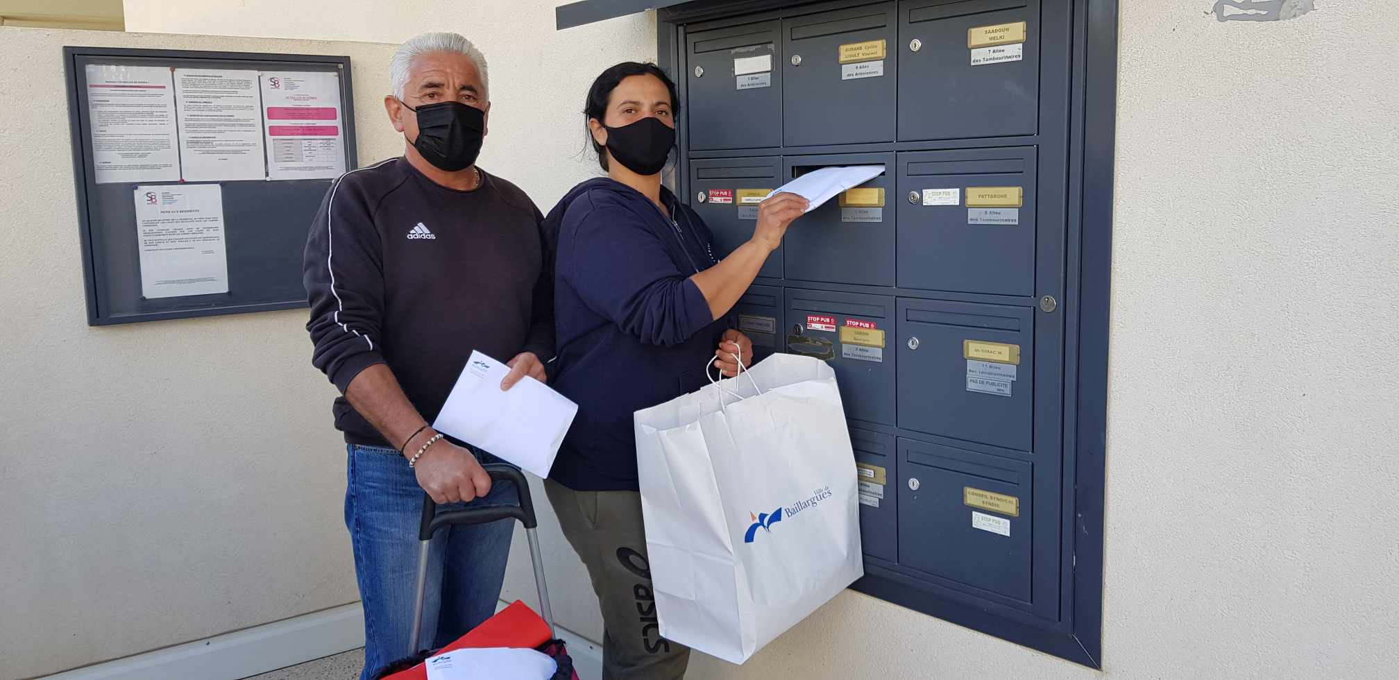 La distribution de masques par la Ville aux habitant.e.s est terminée